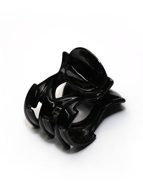Kolor czarny